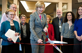 UCSF Chancellor Sue Desmond-Hellmann cuts the ribbon at the dedication ceremony