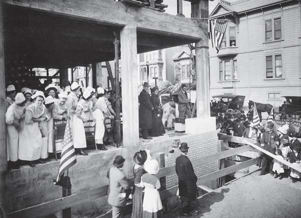 Laying cornerstone, Hellman Building, 2200 Post St., August 1912