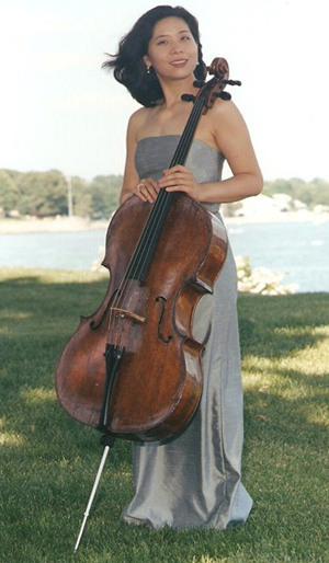 Cellist Angela Lee