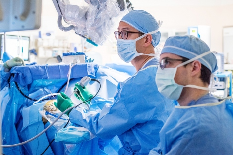 Edward Chang performs a brain surgery at UCSF