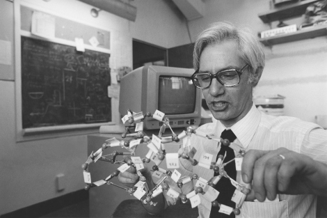 Tack Kuntz working with a molecule