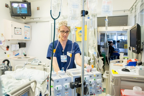 Jayne McCullough works in the intensive care unit at the UCSF Medical Center at Parnassus