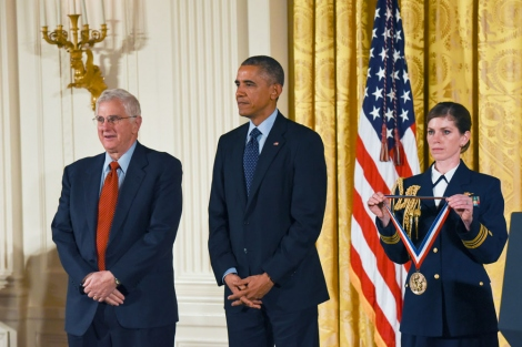 Bruce Alberts stands with President Barack Obama during a National Medal of Science award ceremony at the White House in November 2014.