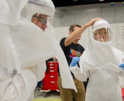UCSF Medical Center personnel go through Ebola preparedness training