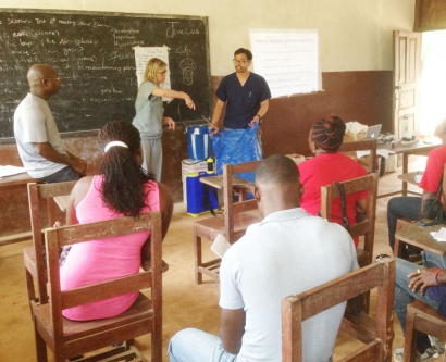 Volunteers train health workers in Liberia