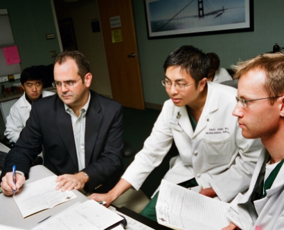 Geoffrey Manley, MD, PhD, works with surgical team at San Francisco General Hospital and Trauma Center