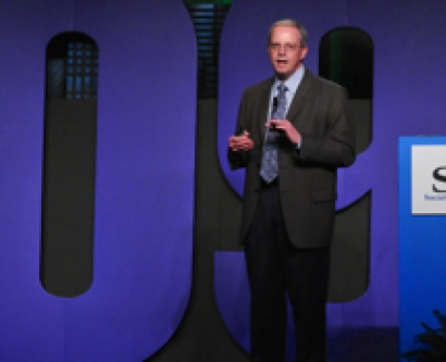 Dr. Robert Wachter leads a lecture