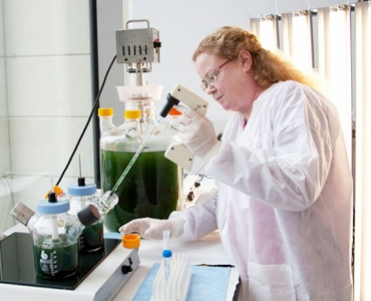 UCSF researcher Julia Becker collects algae with a pipette