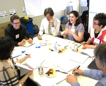 School of Medicine faculty and staff brainstorm ways to redesign the curriculum at the Medical Education Retreat in March.