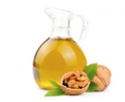 Olive oil and walnuts