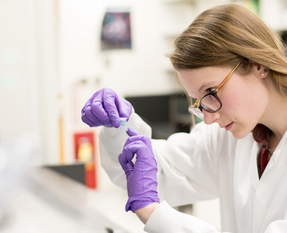 Rebecca Jaszczak works in a lab in the Regeneration Medicine Building on the Parnassus campus