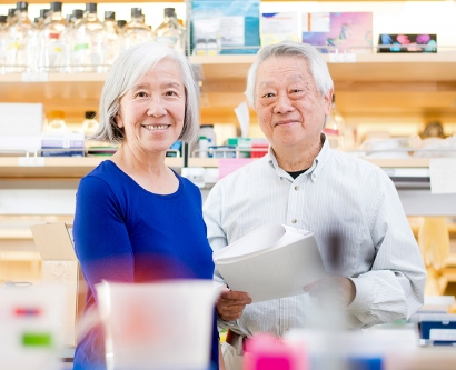 Lily Jan and Yuh-Nung Jan in their lab at UCSF