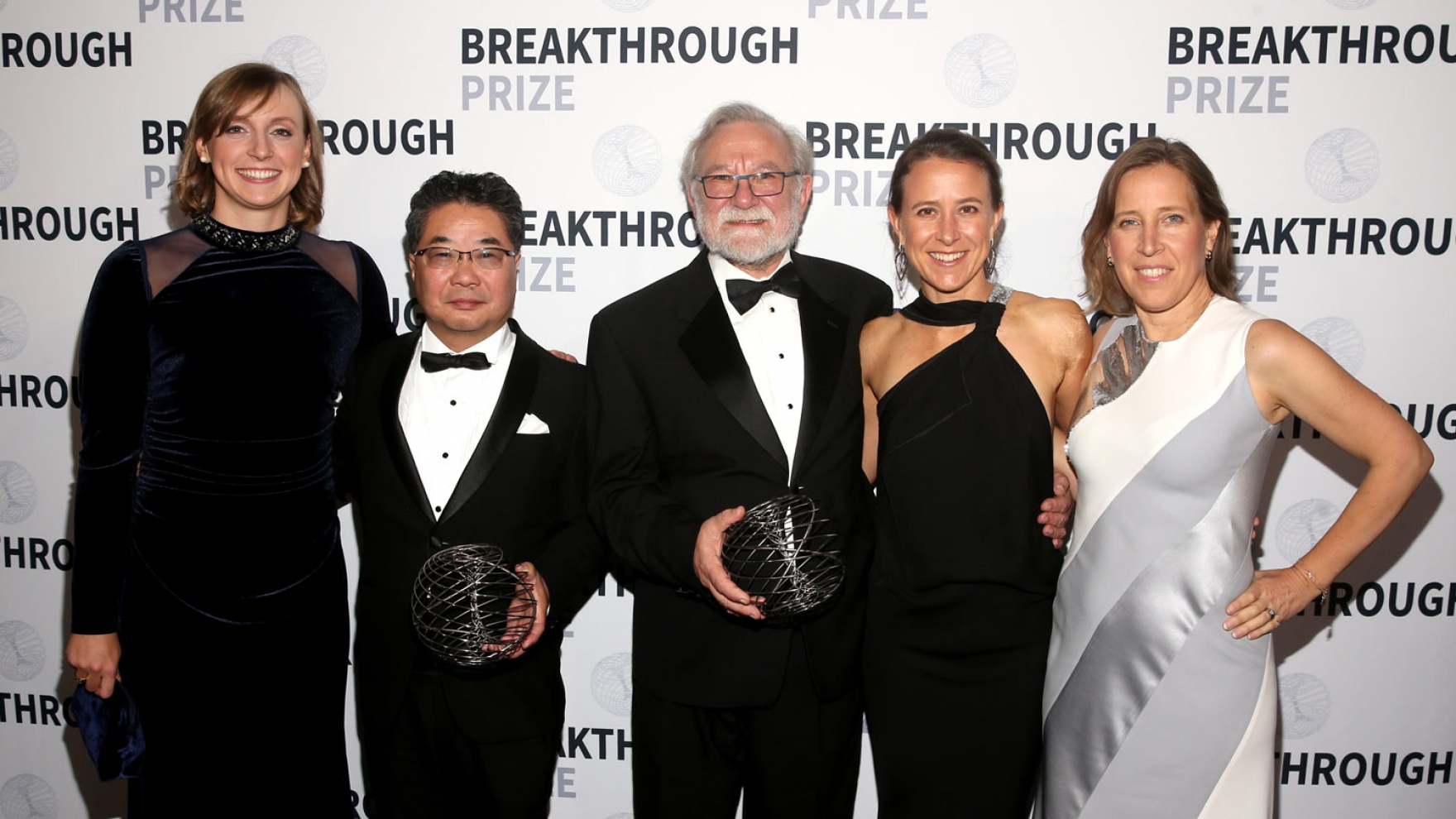 Katie Ledecky, Kasutoshi Mori, Peter Walter, Anne Wojcicki, and Susan Wojcicki on the red carpet at the Breakthrough Prize Ceremony