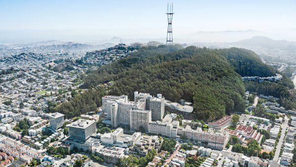 aerial photo of UCSF Parnassus Heights campus with Sutro Heights in the background