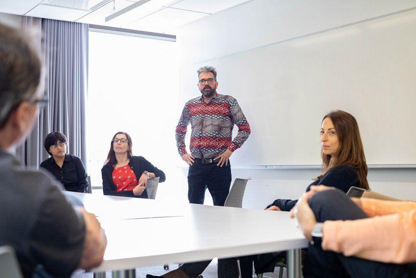 Nevan Krogan talks with the QBI COVID-19 team